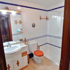 Baño Azul_Casa Saleros.